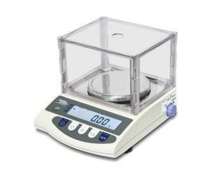 csc pesage balance précision laboratoire pharmacie