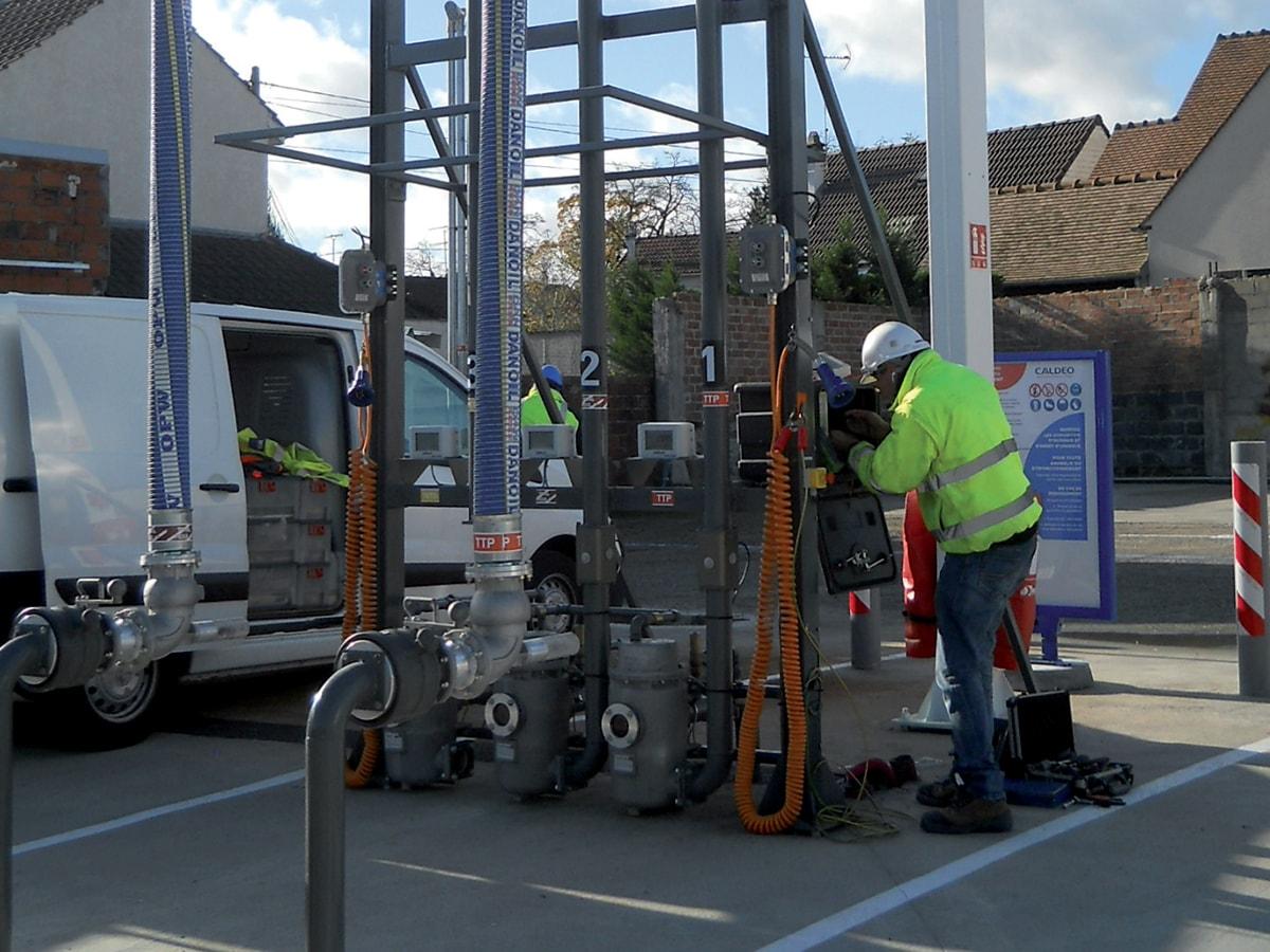 csc maintenance gaz pétrolière métrologie équipe technicien citernier